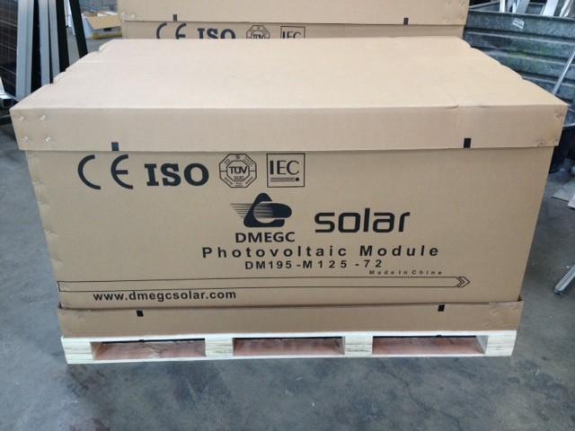 PALLET (23 stuks) DMEGC 250Watt/piek Monokristallijn Zonnepaneel